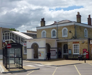 SaffronShops - Getting Here - Audley End Rail Station